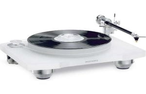 Marantz TT-15S1 Reference Series Belt Drive Turntable with Cartridge - B-Stock