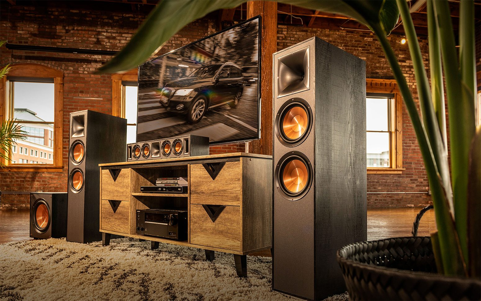 FC - Home Audio & Theater